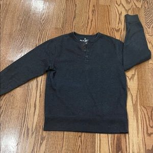 Long sleeve shirt size m old navy good condition